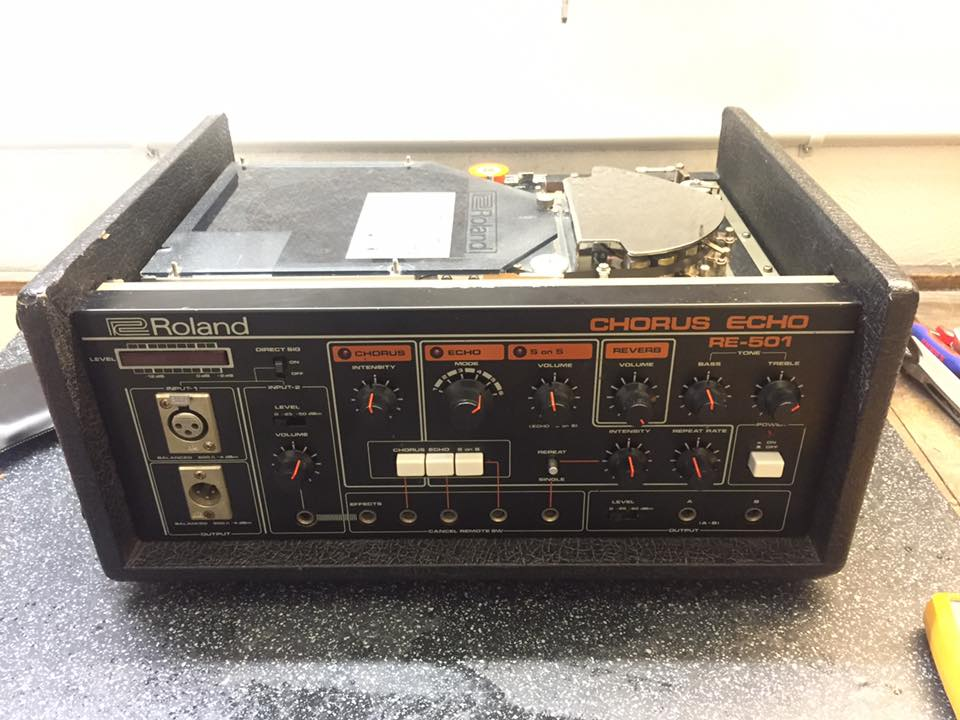 Roland RE-501 Space Echo Reparatur 3