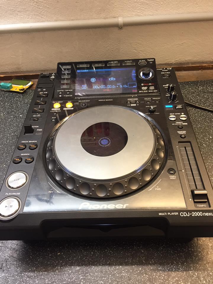 Pioneer DJ 2000 Nexus Reparatur