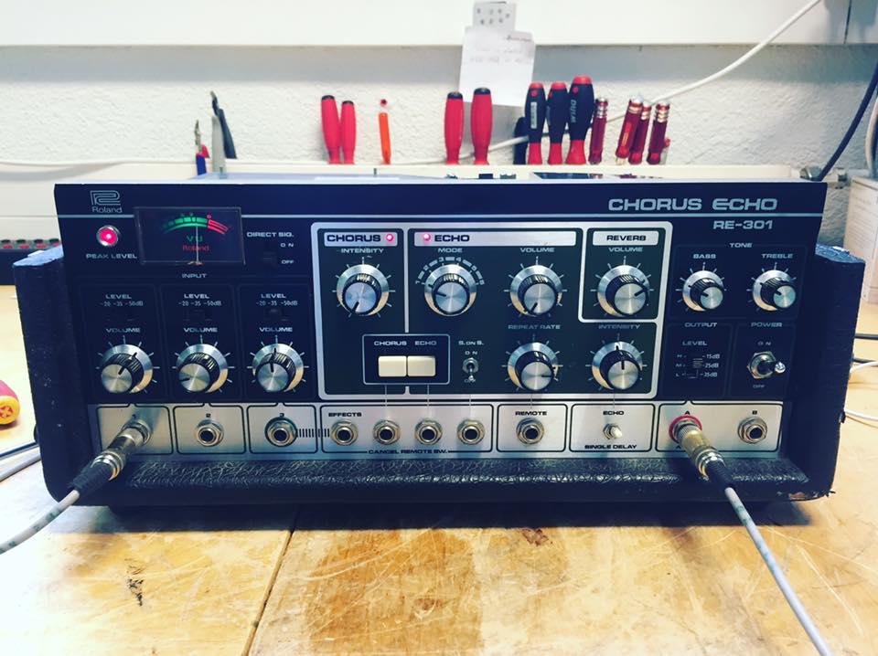 roland space echo re-301 geschwindigkeit schwankt reparatur revision 1