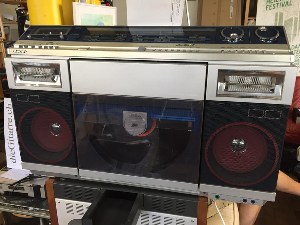 SHARP VZ-2000 Boombox