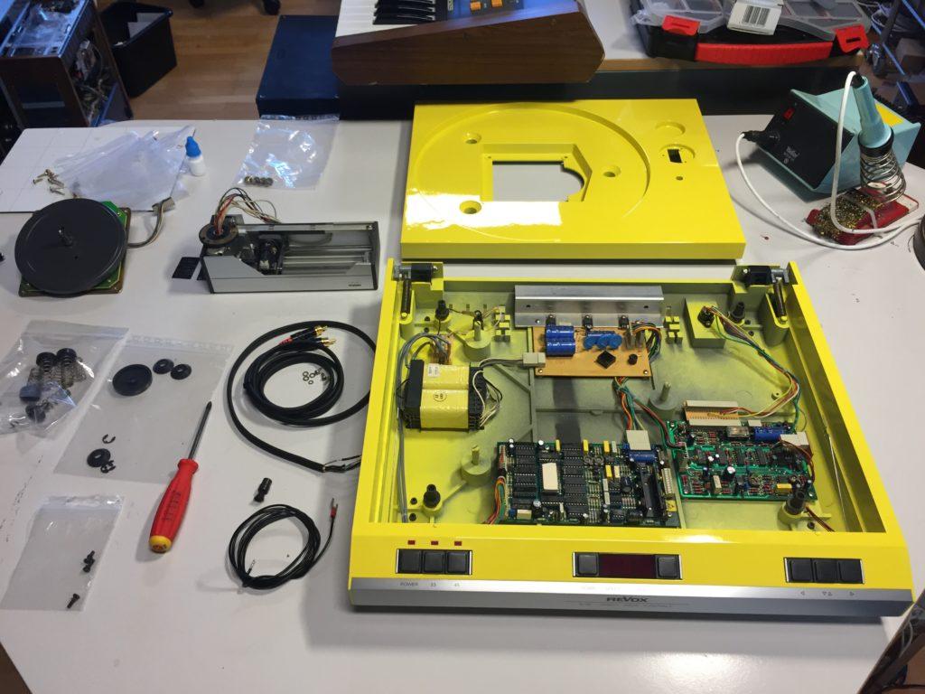 ReVox B791 Turntable reparariert yellow gelb
