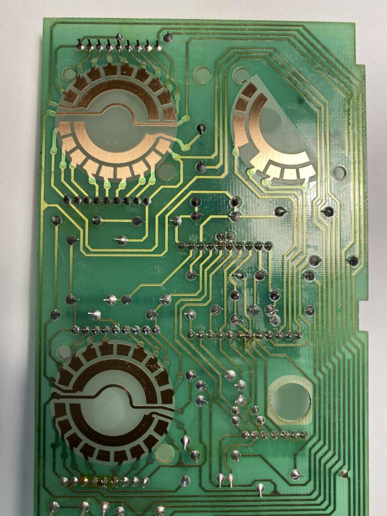 ReVox B750 Die Schalterplatine mit den Kontaktflächen