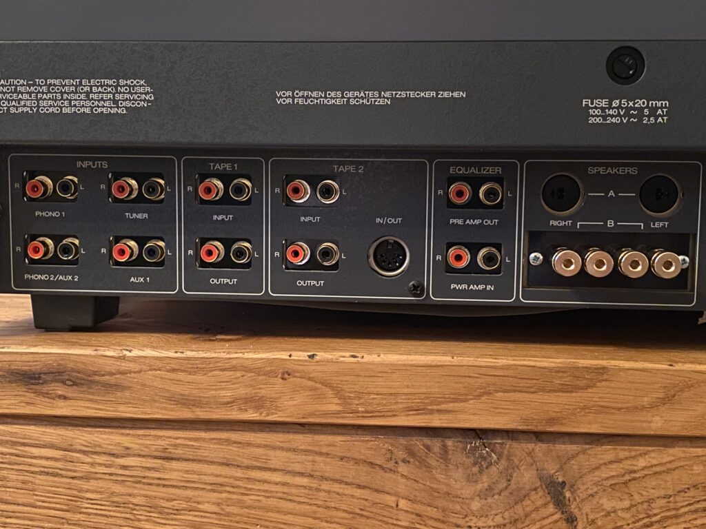ReVox B750 mit neuen Cinch Buchsen und Lautsprecherterminal